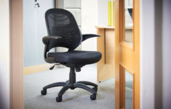 Orion mesh back operators chair - black